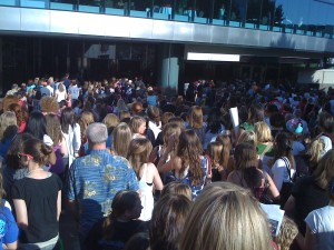 The Crowd Waiting to See The Jonas BRothers