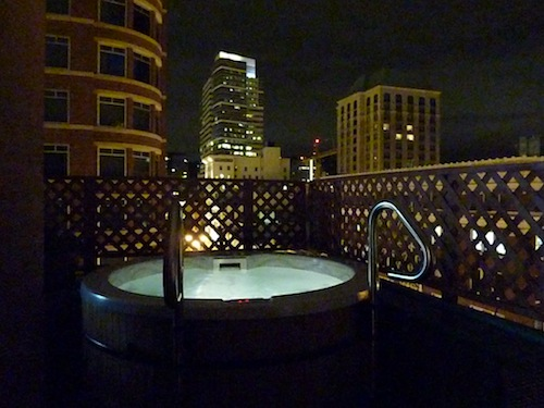 Vintage Plaza Hotel Hot Tub Night