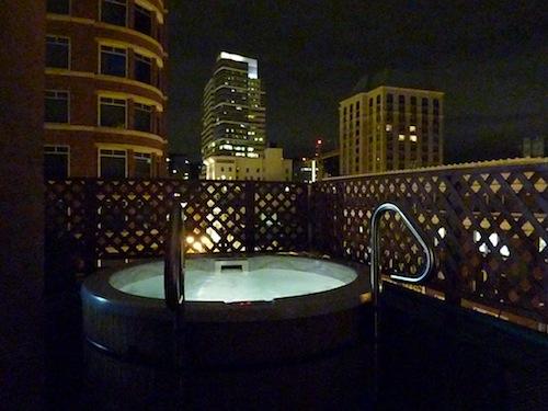 Vintage Plaza Hotel Hot Tub Night